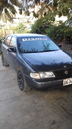 vendo carro nissan sentra año 2000