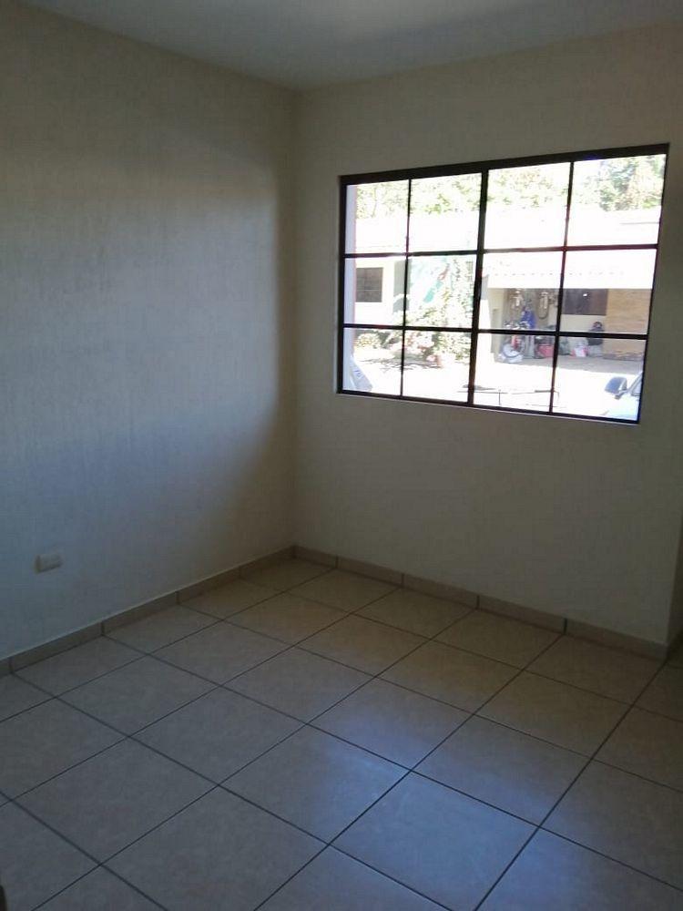 vendo casa  1 planta en residencial miramar