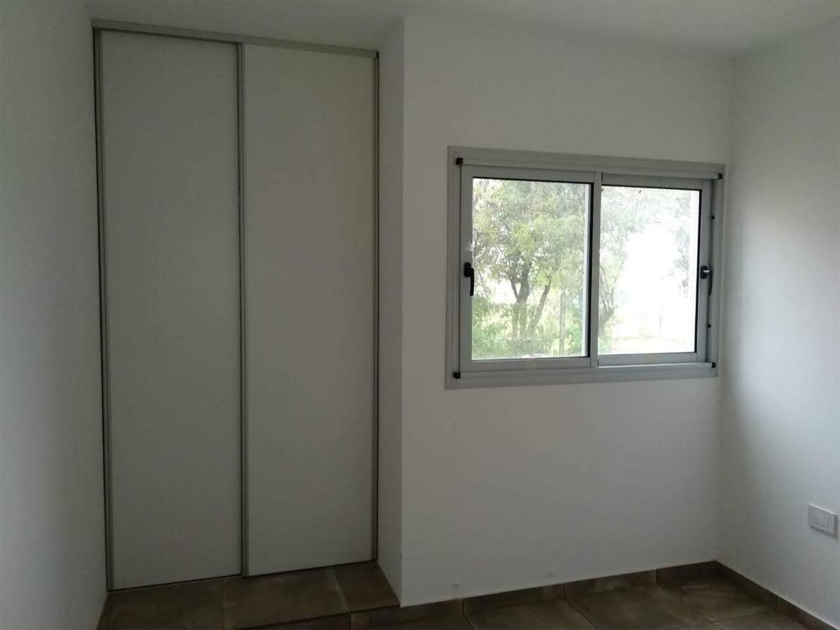 vendo casa 2 dormitorios apta credito - bº villa catalina