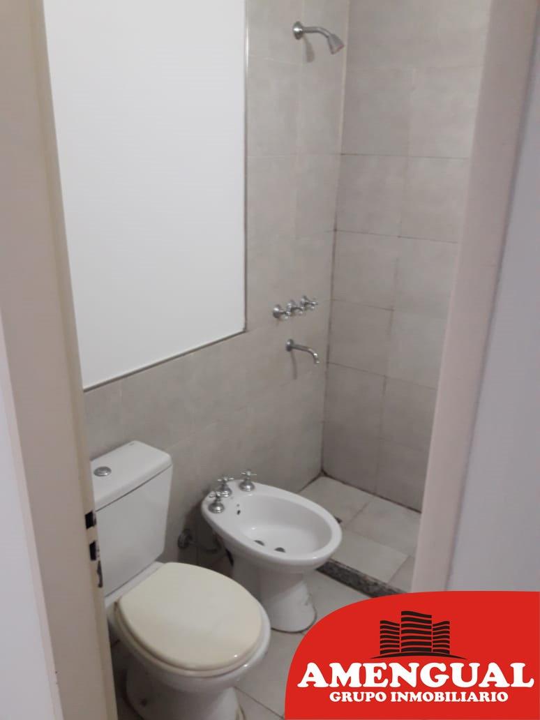 vendo casa 2 dormitorios b°lomas sur, villa allende!