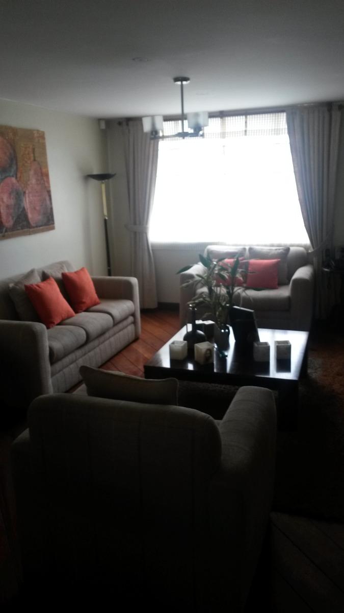 vendo casa 2 plantas en condominio villa verde ambato