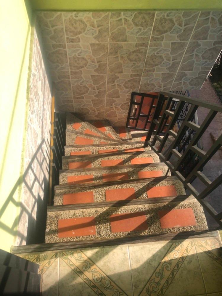 vendo casa 2 y 3 piso robledo curazao