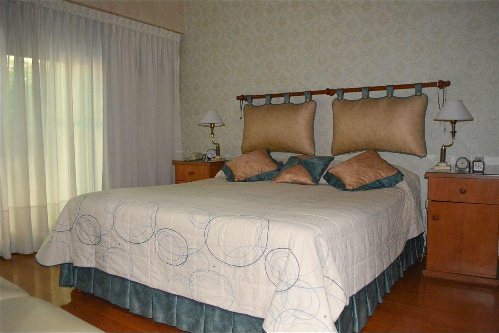 vendo casa 3 dormitorios - cochera - patio