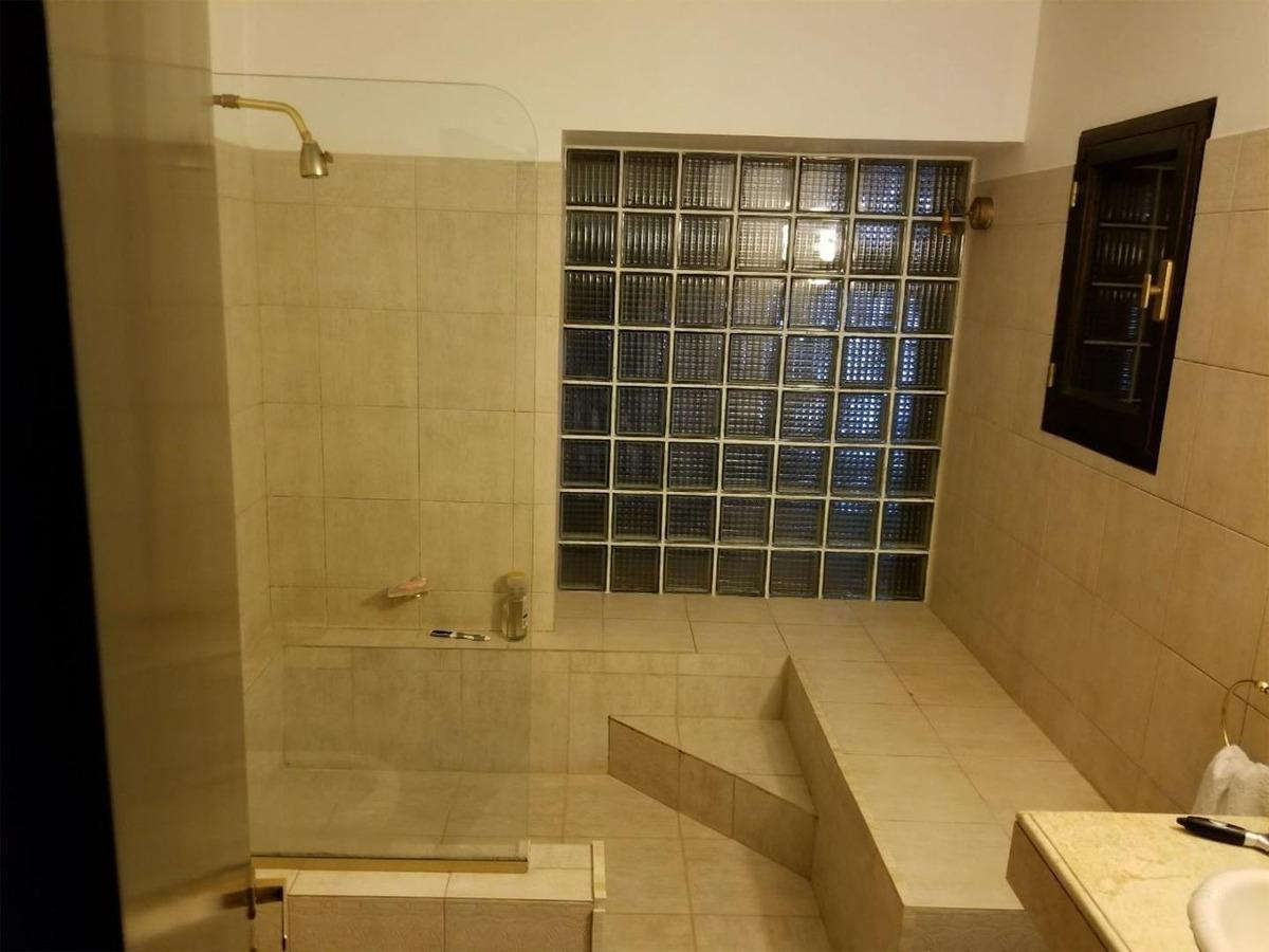 vendo casa 3 dormitorios en villa belgrano c/ cochera