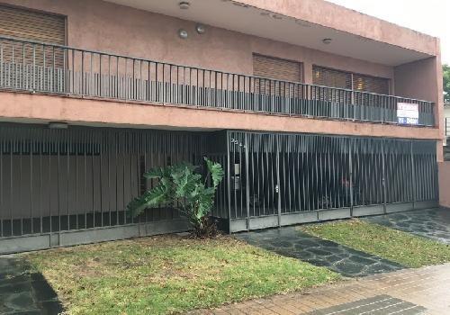vendo casa 3dorm exc ubicacion- bº parque chacabuco