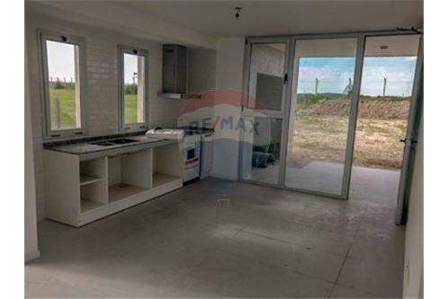 vendo casa 4 ambientes san sebastian financiada