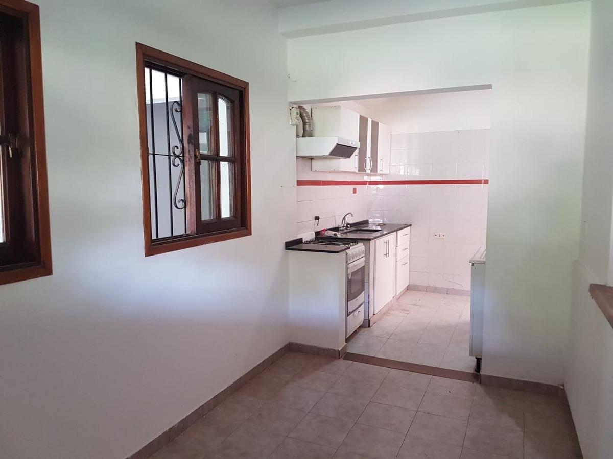 vendo casa 4 dormitorios villa rivera indarte con escritiura