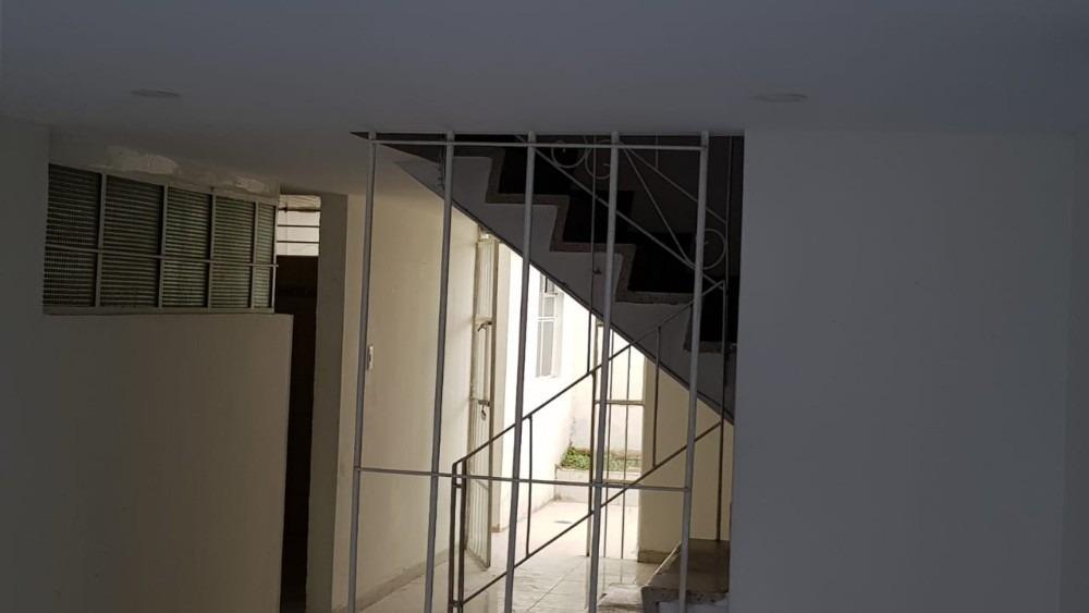 vendo casa alamos 2 pisos