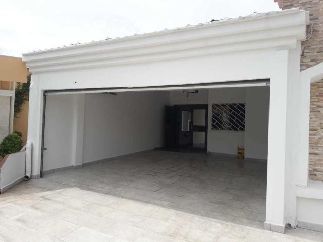 vendo casa amoblada en vista magna, altos de panamá 19-6254
