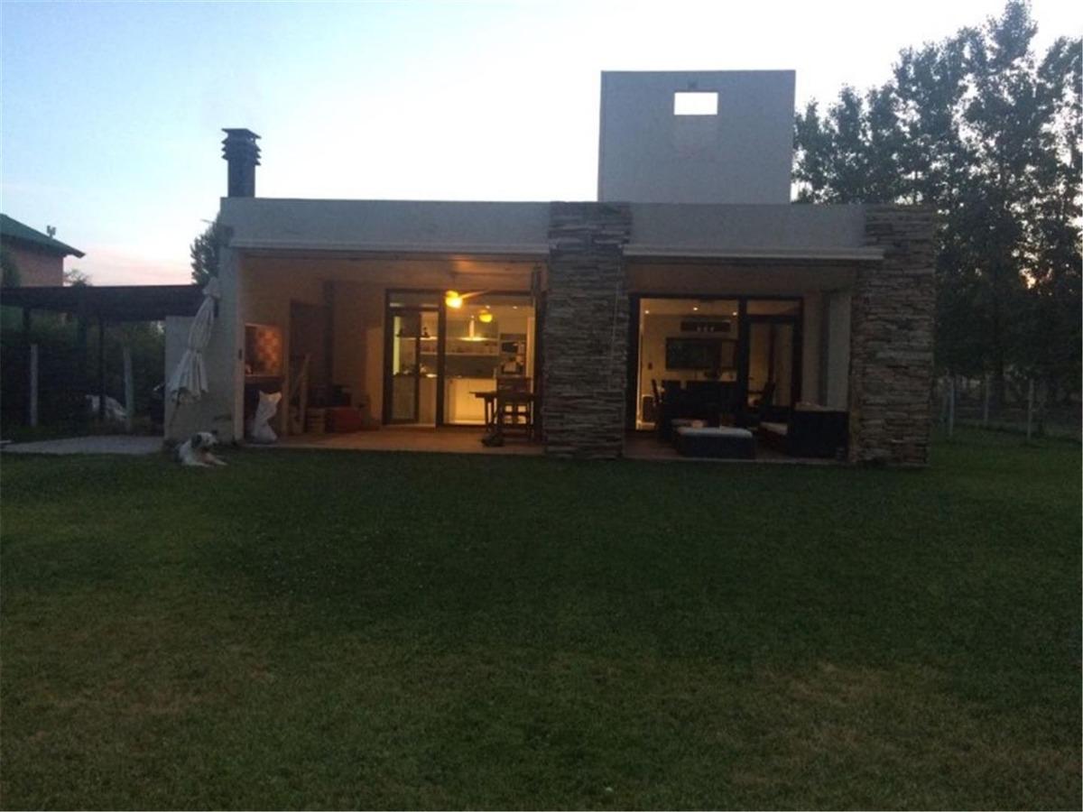 vendo casa barrio los olivos, un lugar increible!!!