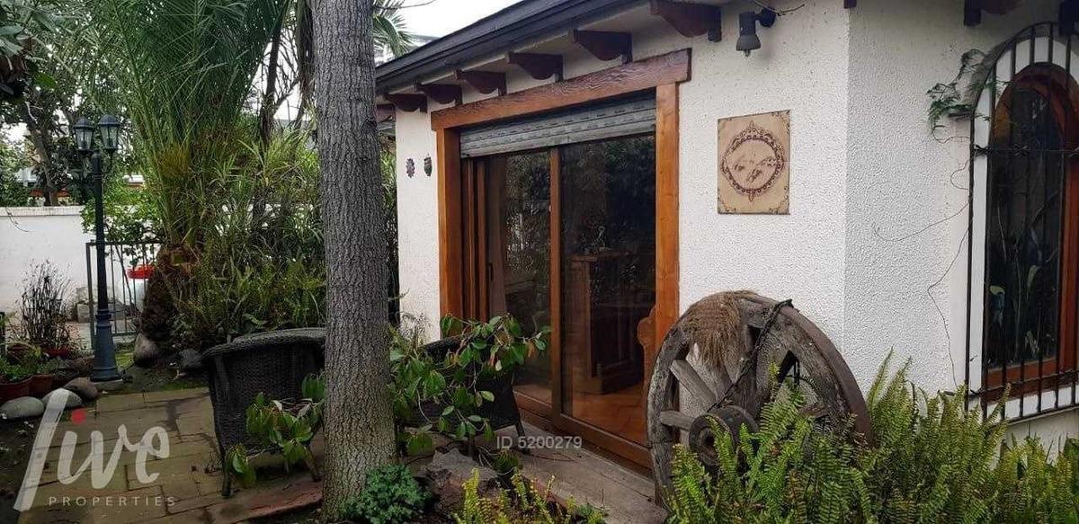 vendo casa barrio tradicional