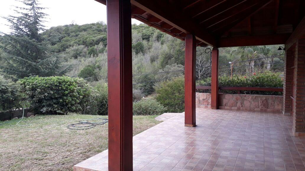 vendo casa c/ piscina y vistas en villa carlos paz