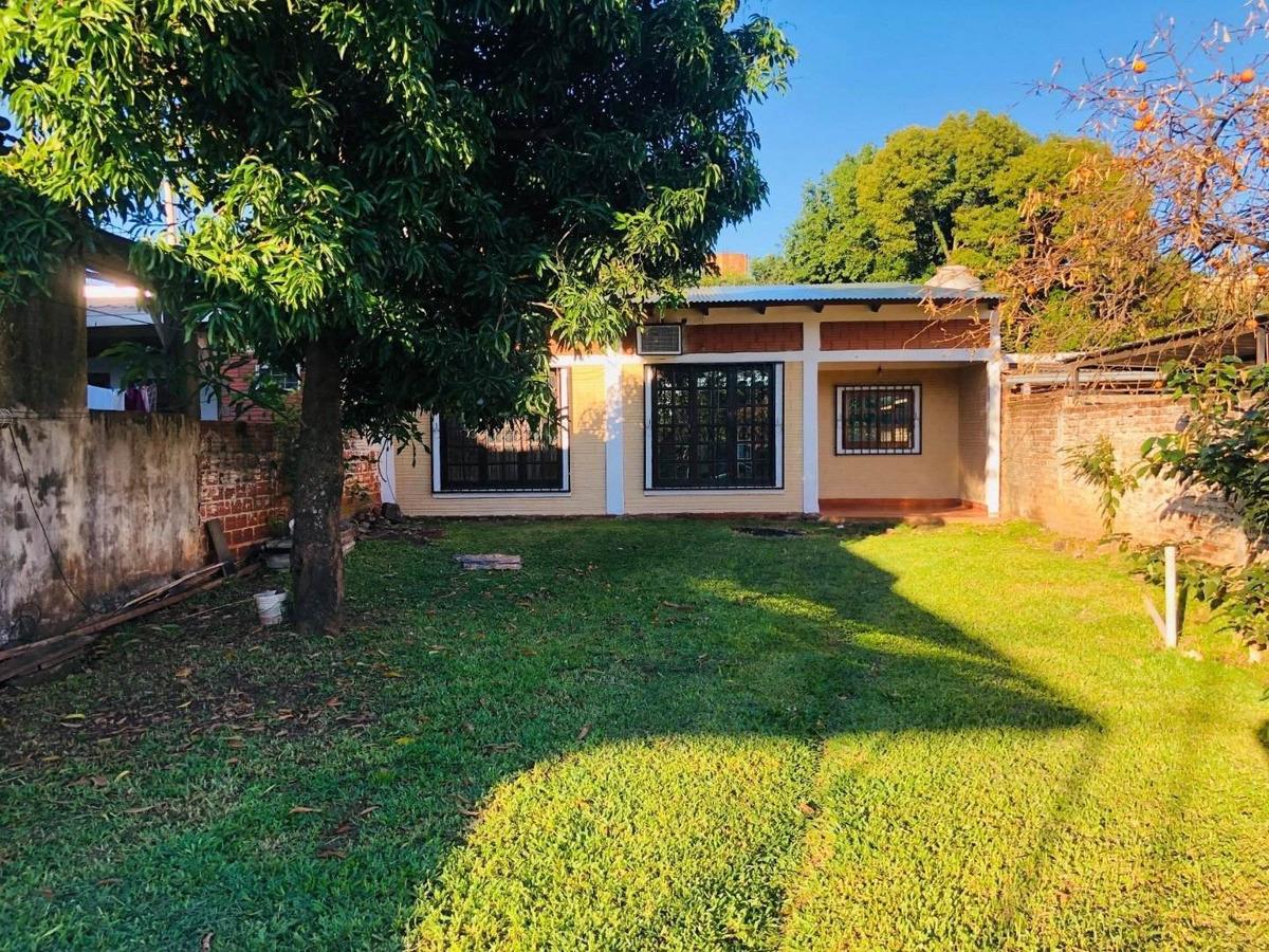 vendo casa chacra 190-  zona av. urquiza y av. 115