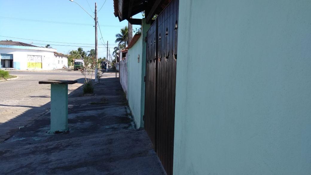 vendo casa com 3 dormitórios  em itanhaém litoral sul de sp
