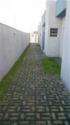 vendo casa com escritura 2 quartos, a 800m da praia itanhaém