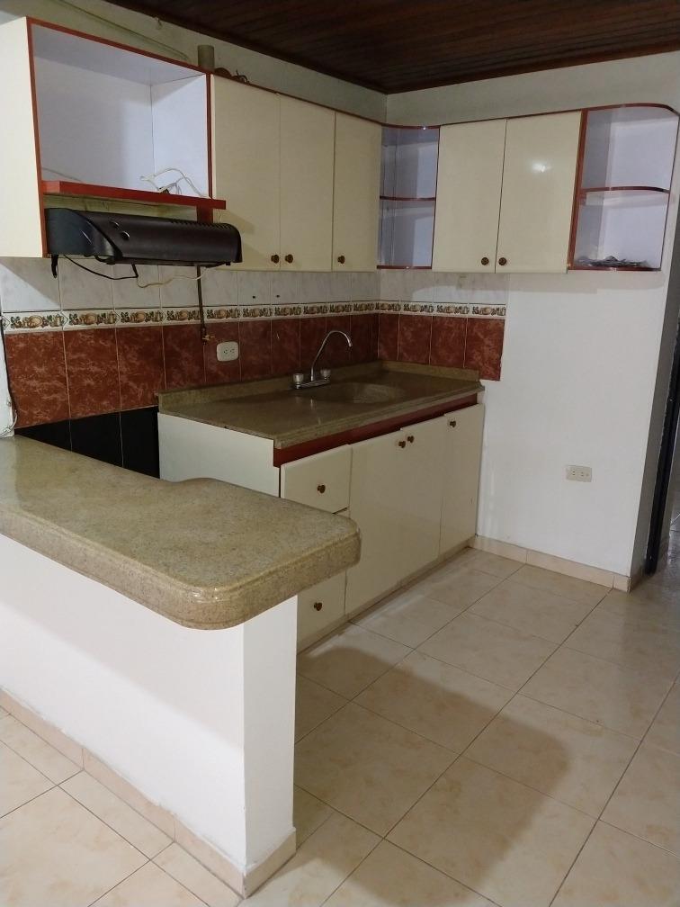 vendo casa con dos apartamentos independientes
