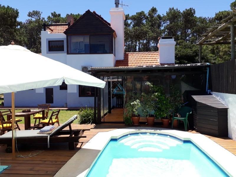 vendo casa con piscina climatizada, frente a la playa de ocean park- ref: 362