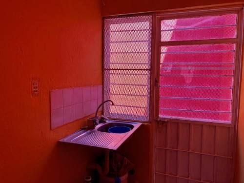 vendo casa con recámara en planta baja en el vergel