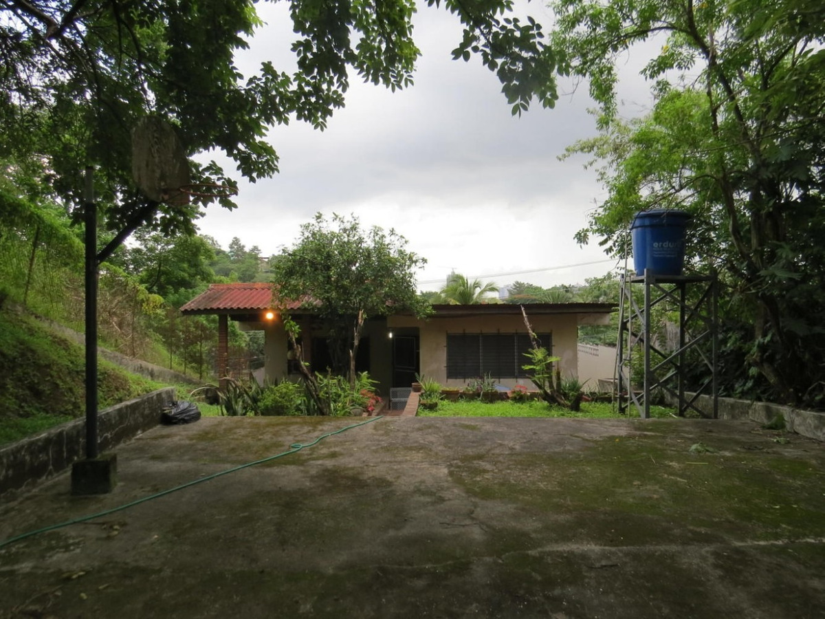 vendo casa confortable en betania 19-7299**gg**