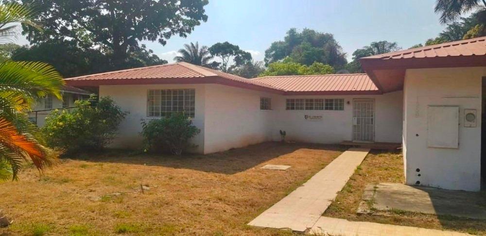 vendo casa confortable en villa howard panamá pacífico201092