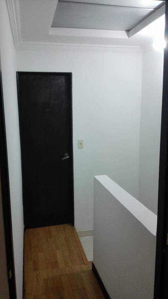 vendo casa de 3 niveles, con alta valorización