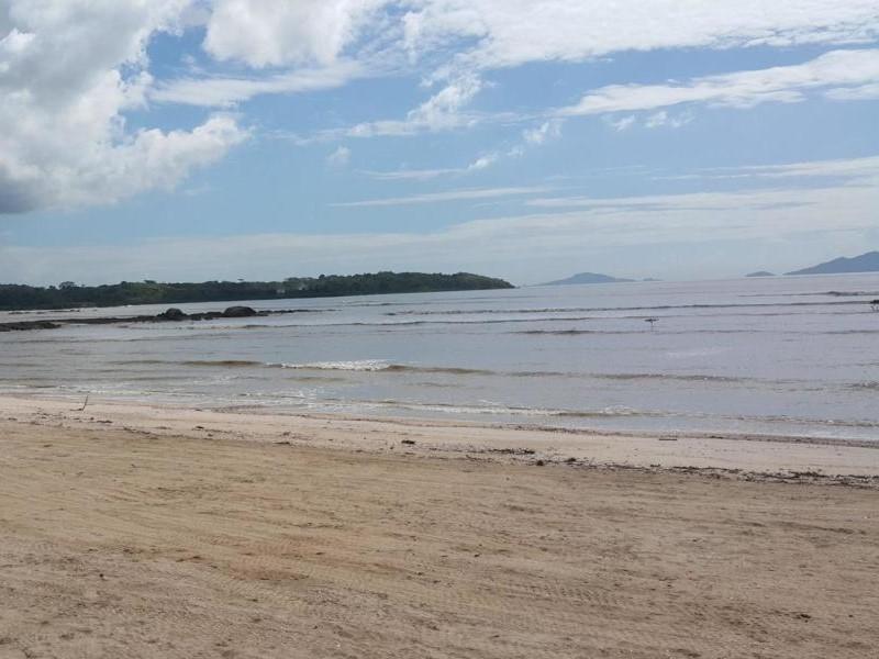 vendo casa de descanso en ph las olas, playa dorada 19-11421
