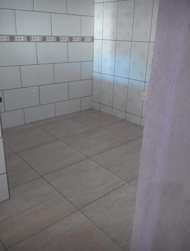 vendo casa de dois pavimentos em betim. r$ 120.000.00