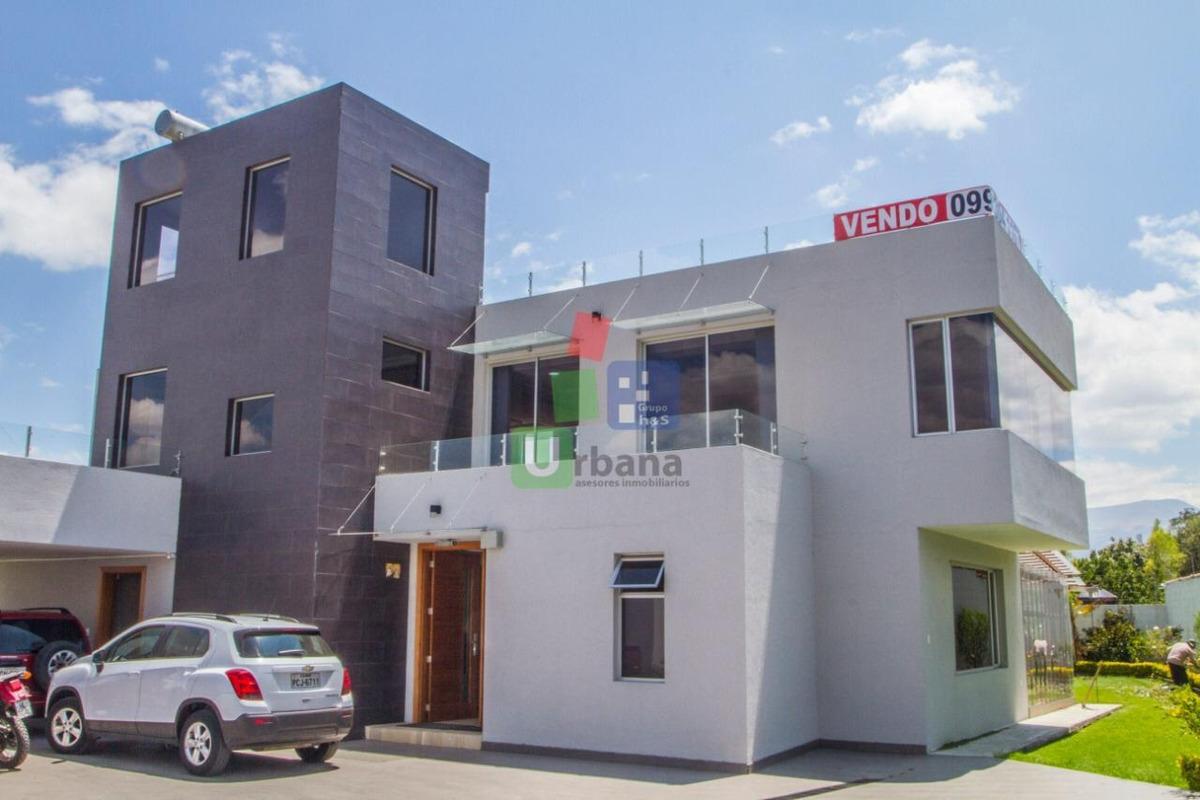 vendo casa de lujo en tumbaco