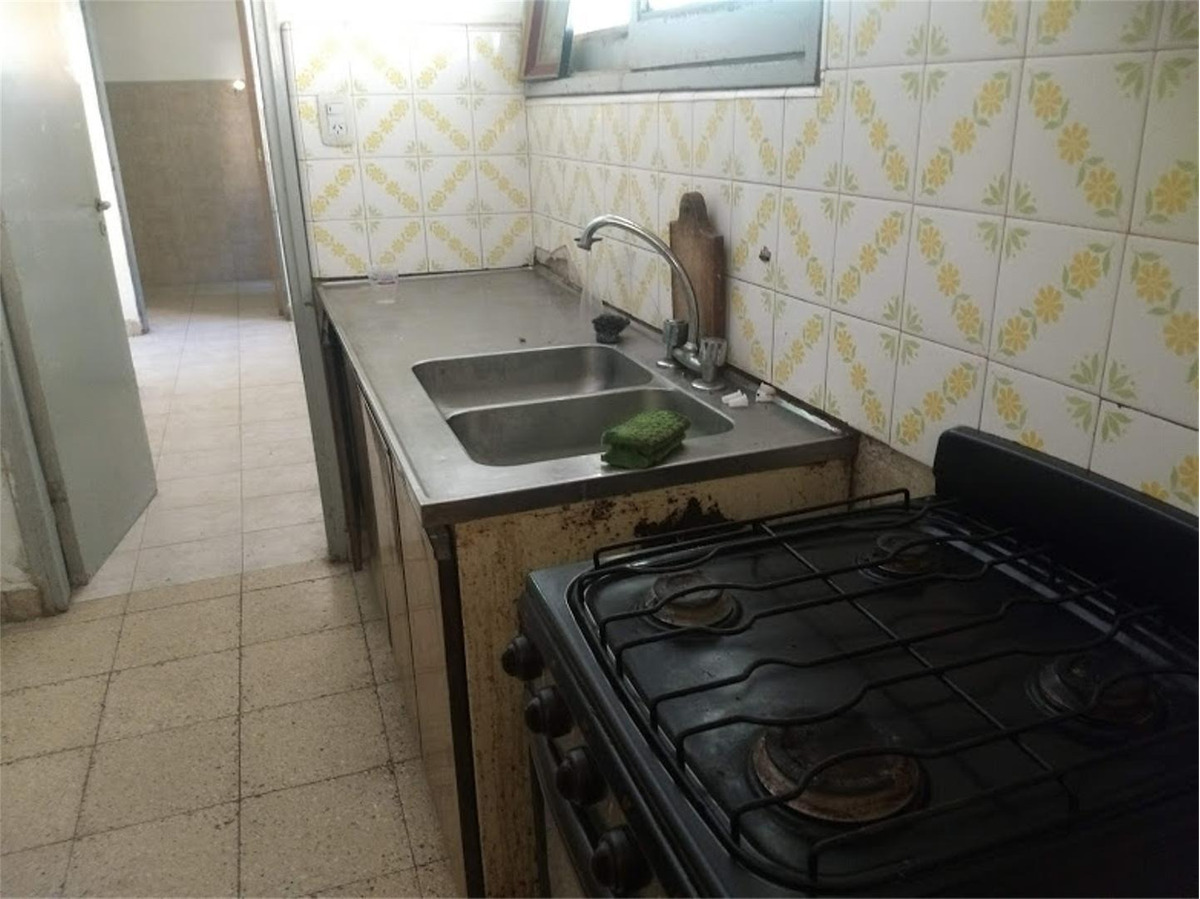 vendo casa + departamento  villa  allende