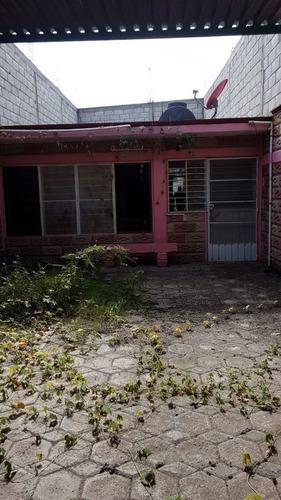 vendo casa económica 400 mil pesos con 85.90m2 de terreno en moyotepec mor.