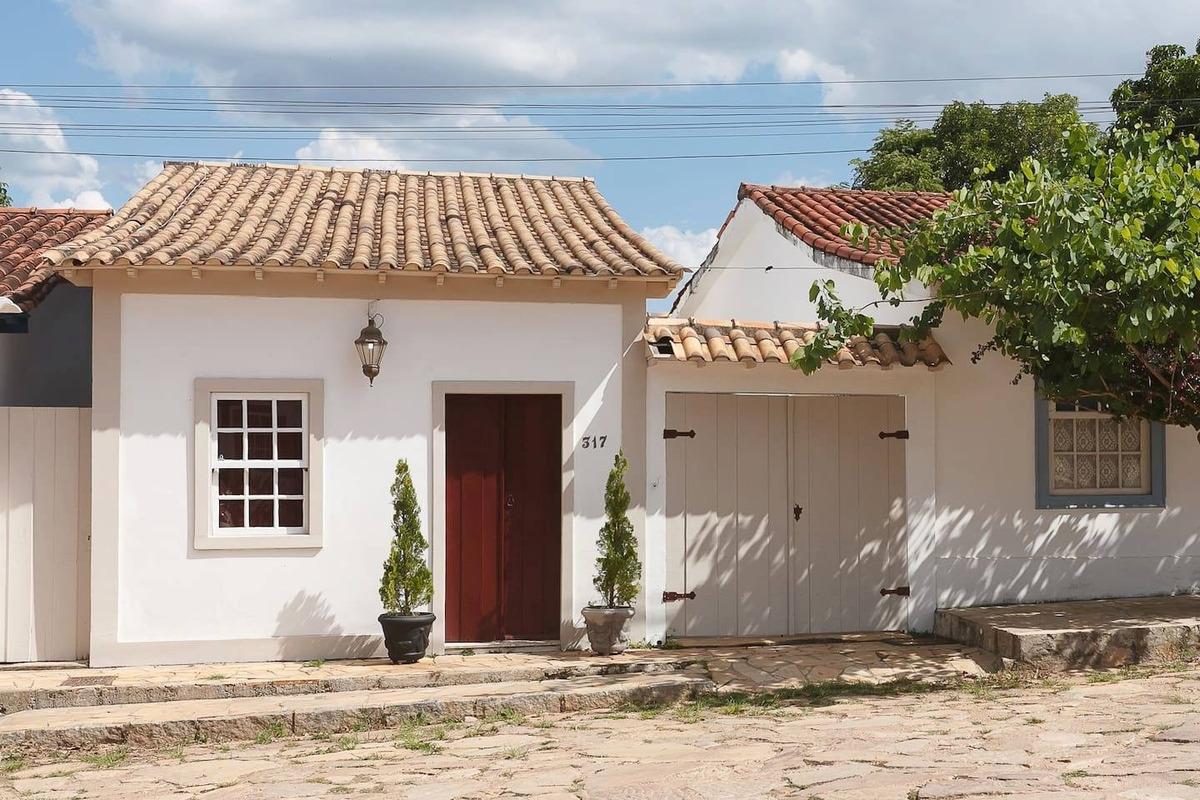 vendo casa em tiradentes mg santissima trindade