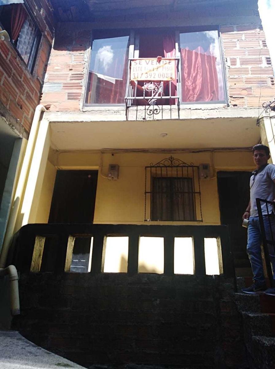 vendo casa en aranjuez 140.000.000 negociables