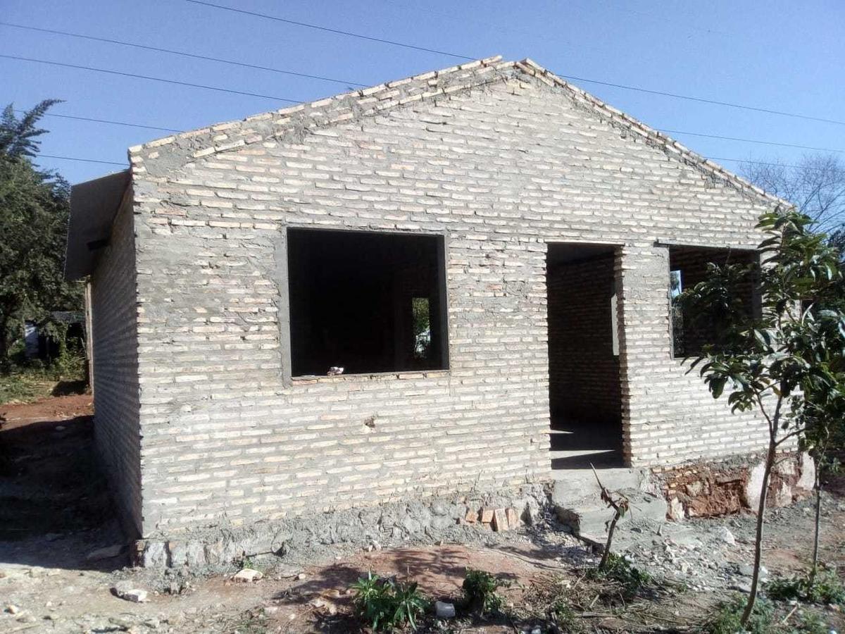 vendo casa en construccion  ypane- j.a.saldivar