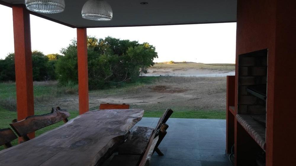 vendo casa en golf 1 lote 147 costa esmeralda