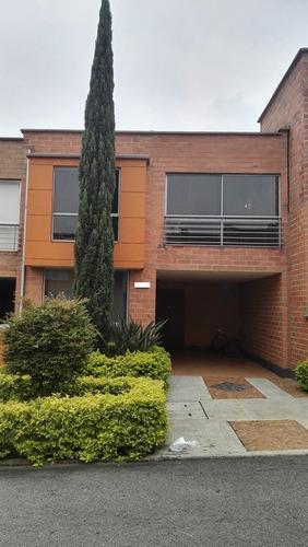 vendo casa en itagui 2 niveles cod:316605