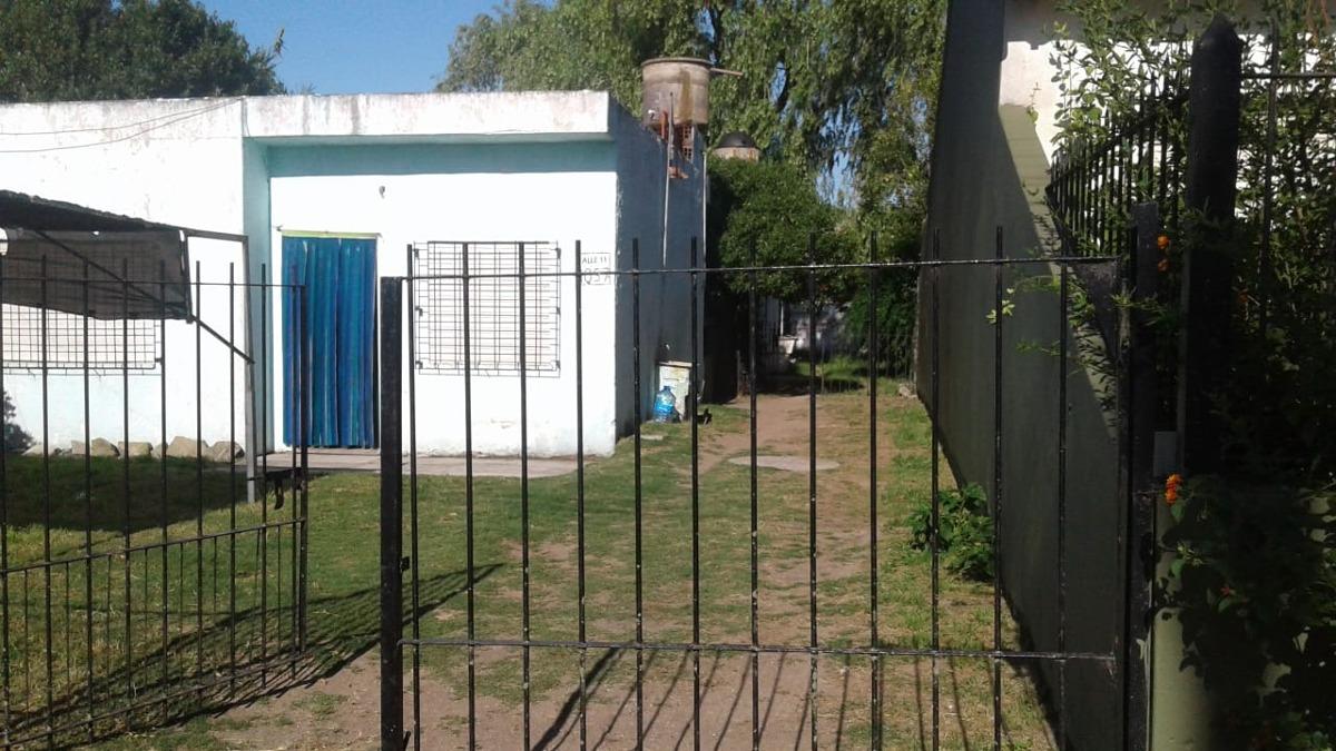 vendo casa en santa teresita en calle 11