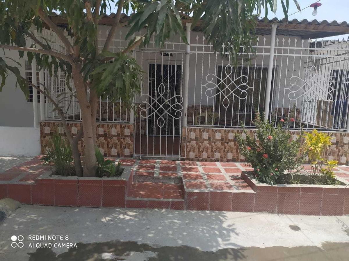 vendo casa en urb. prados de soledad