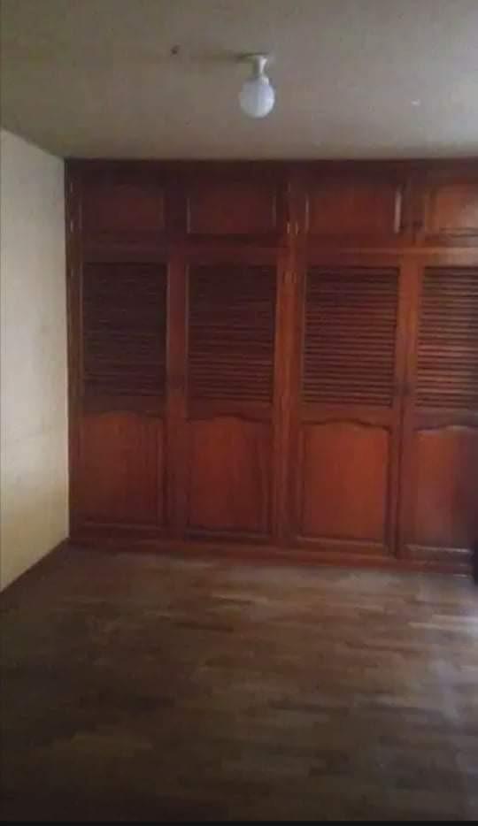 vendo casa en urb sima a media cuadra av la marina 260mil do