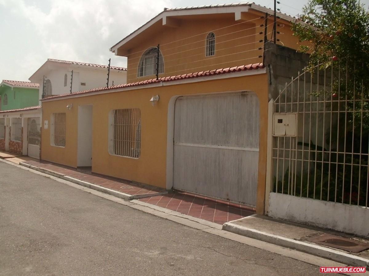 vendo casa en urbanización mora 2