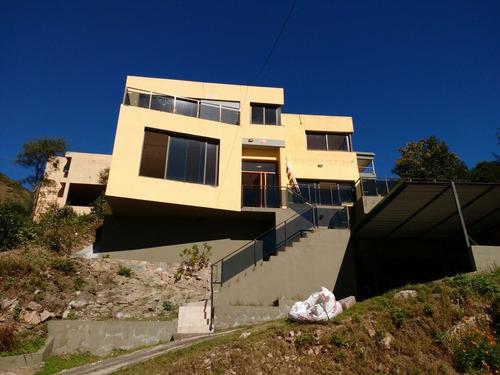 vendo casa en villa carlos paz - vista a las sierras pileta
