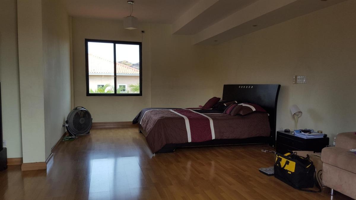 vendo casa espaciosa en altos de panamá 19-4831**gg**