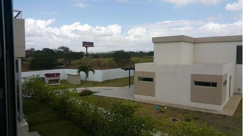 vendo casa espaciosa en costa sur village 17-1215**gg**