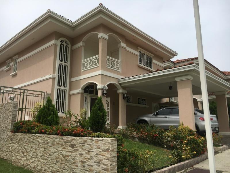 vendo casa espectacular en altos del country 3000 20-615