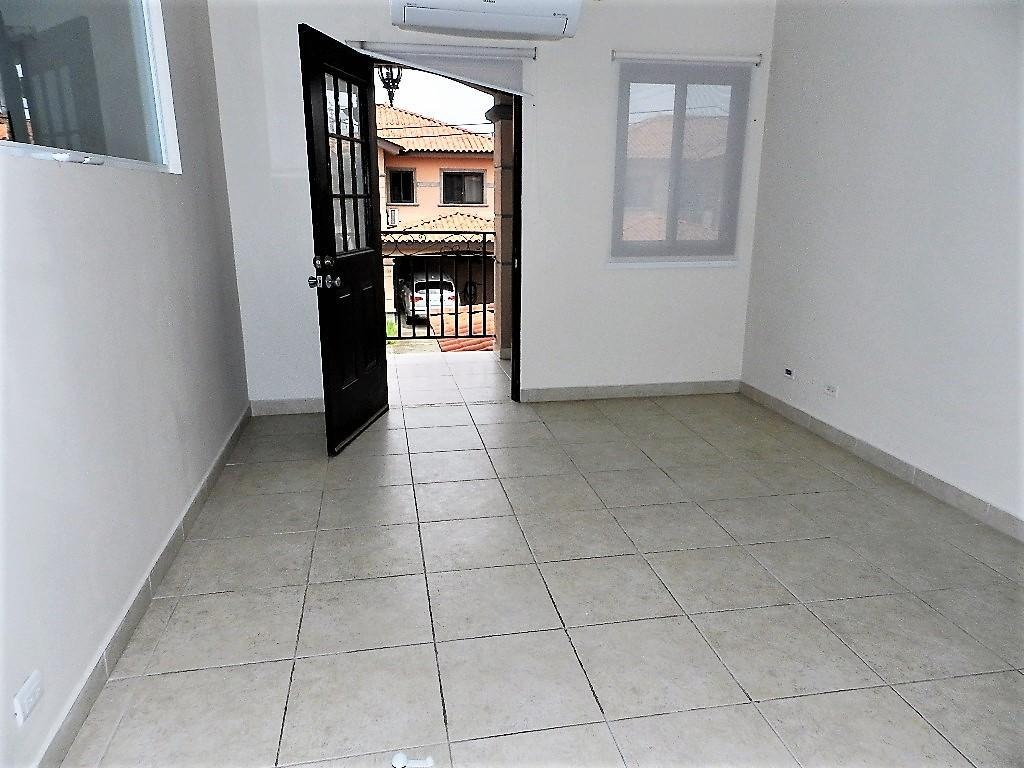vendo casa espectacular en versalles 19-9408**gg**