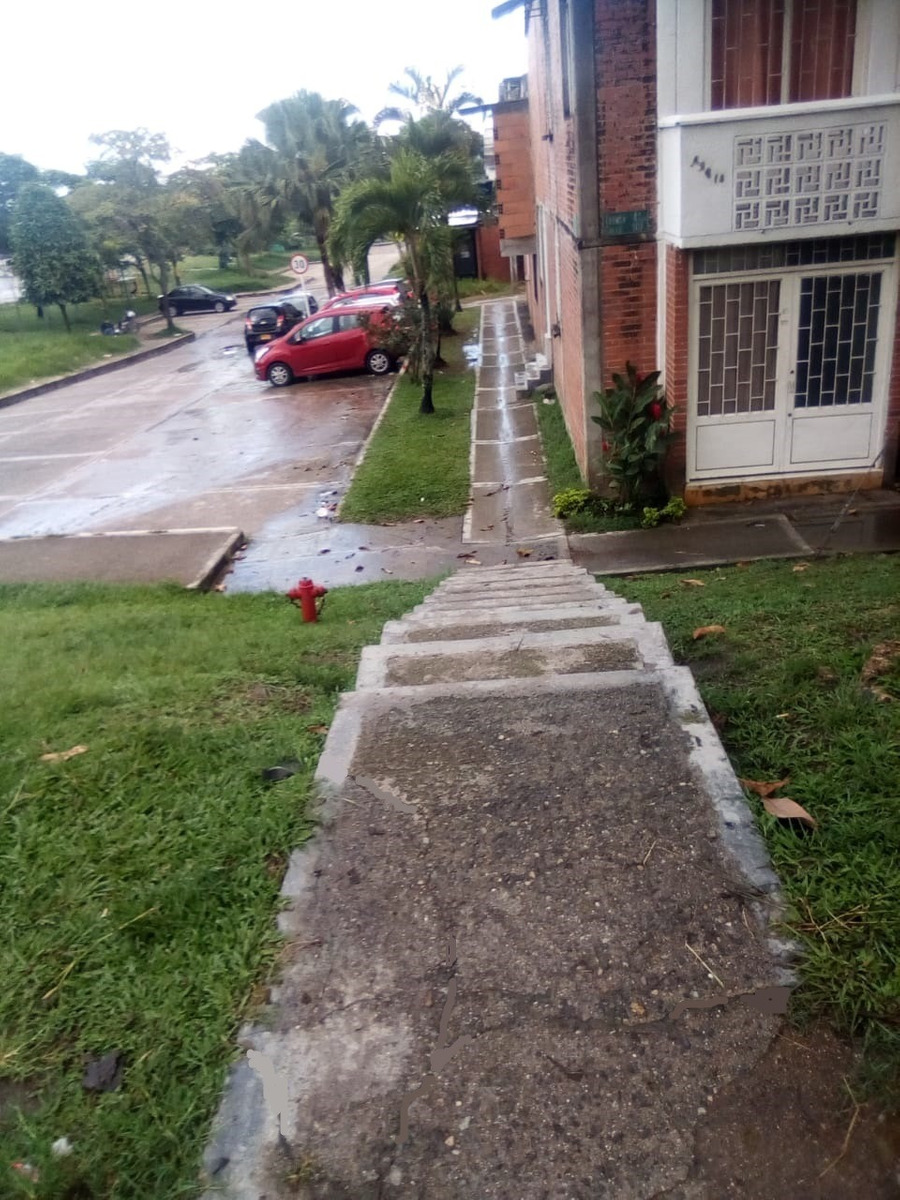vendo casa esquinera con local-ibagué