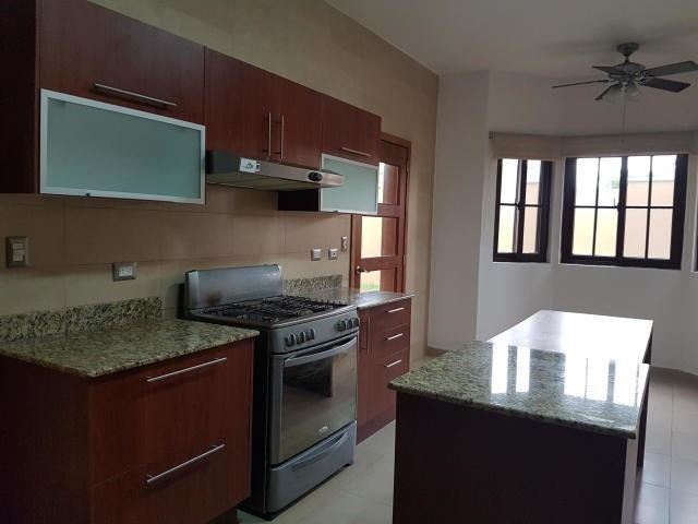 vendo casa exclusiva en el doral, costa sur 19-3259**gg**