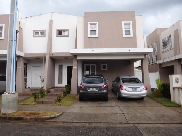 vendo casa exclusiva en ph everest, brisas del golf 19-8780
