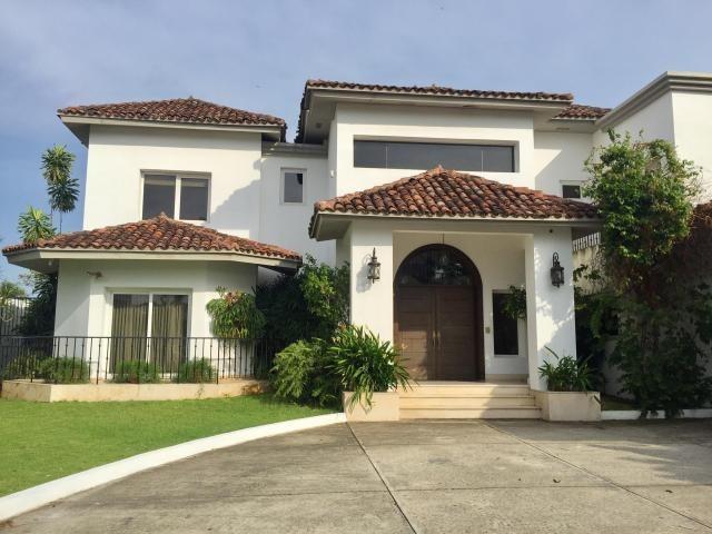 vendo casa exclusiva en ph villas del mar, costa del este 17