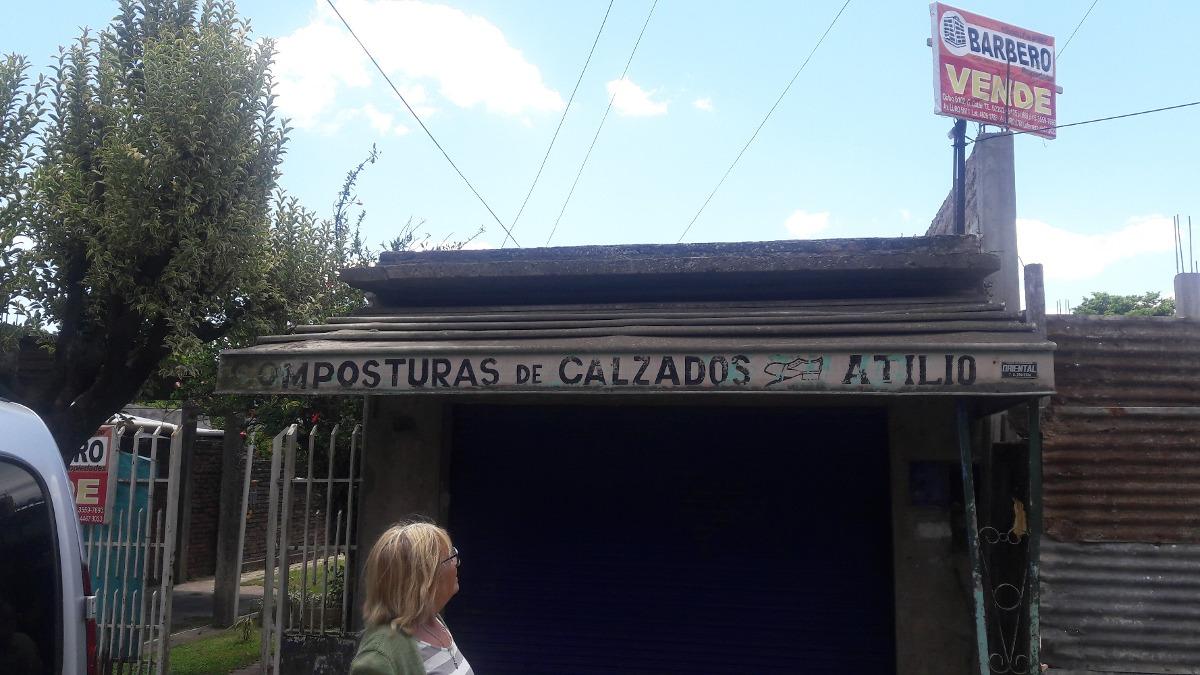 vendo casa g catan, bº independencia zona comercial 10x40