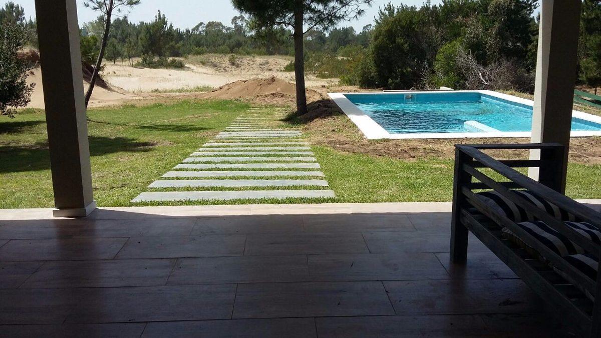 vendo casa golf 2 # 387 costa esmeralda